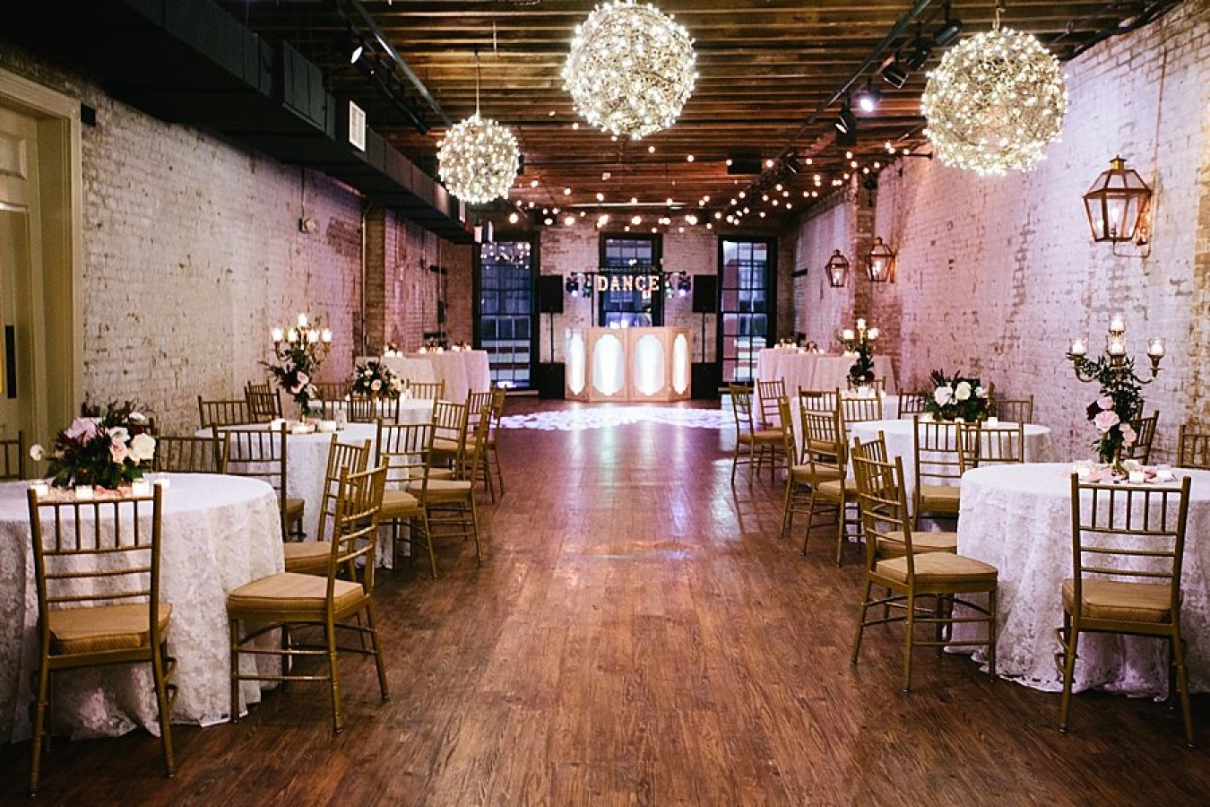 New Orleans Wedding Ve...